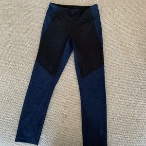 Outdoor Voices two tone leggings 7/8